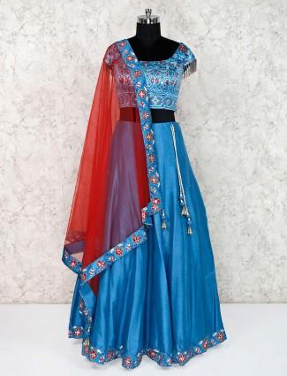 Blue lehenga choli designs for wedding in raw silk