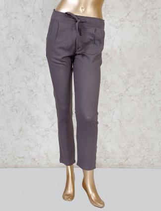 Boom presented solid grey linen payjama