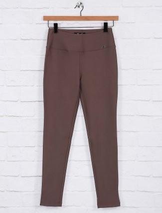 Brown color comfort jeggings