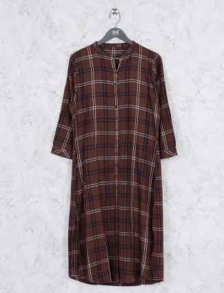 Brown colored cotton fabric kurti