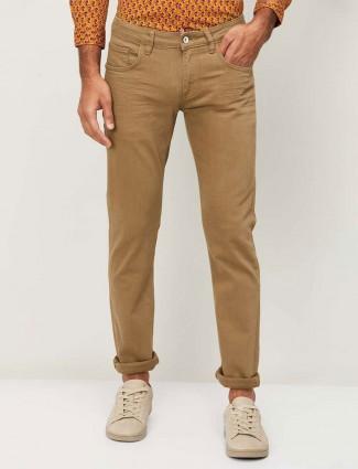 Celio solid brown denim jeans for mens