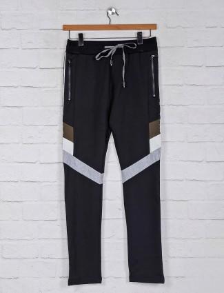 Chopstick cotton black solid track pant