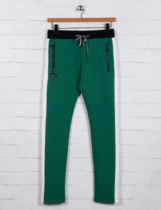 Chopstick green night track pant