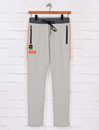 Chopstick grey solid track pant