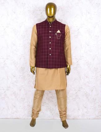 Cotton jute fabric maroon hued waistcoat set