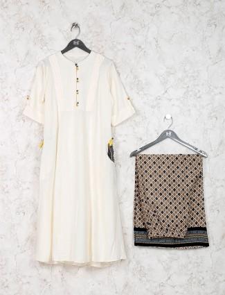 Cream color solid cotton fabric kurti set