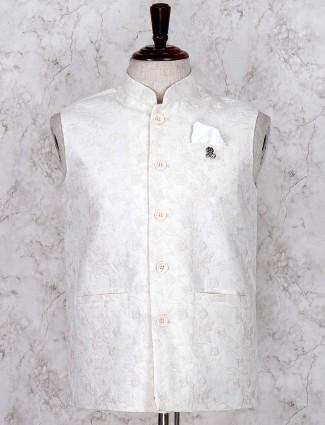 Cream hued linen fabric waistcoat
