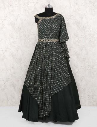 Dark green gown in georgette silk