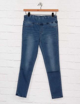 Deal blue hue whiskered effect regular jeggings