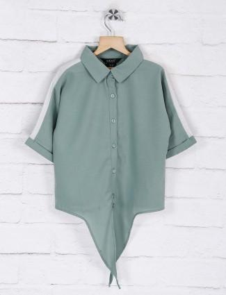 Deal green solid georgette top