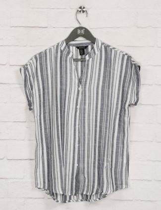 Deal presented grey stripe cotton top
