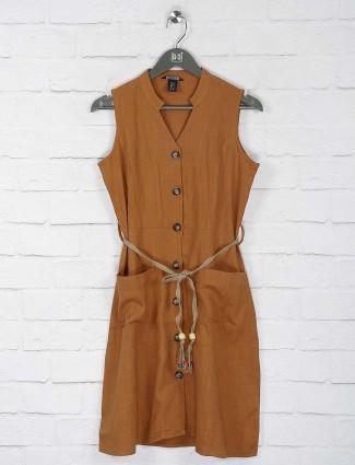 Deal rust orange color cotton top