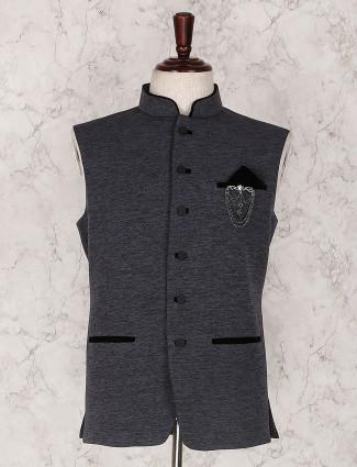 Grey solid waistcoat set for mens