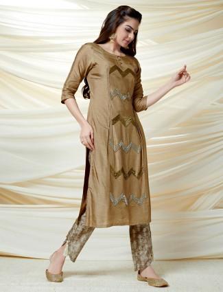 Brown quarter sleeves kurti