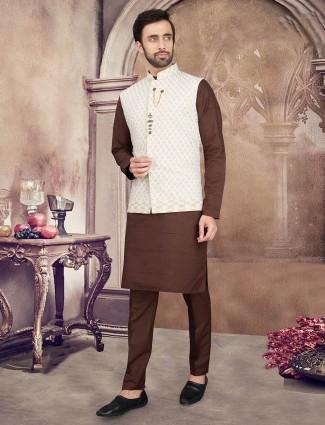 Thread woven cream and brown cotton waistcoat set