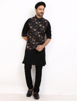 Waistcoat set for mens in printed black
