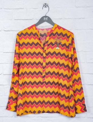 Yellow hue zikzak pattern cotton top