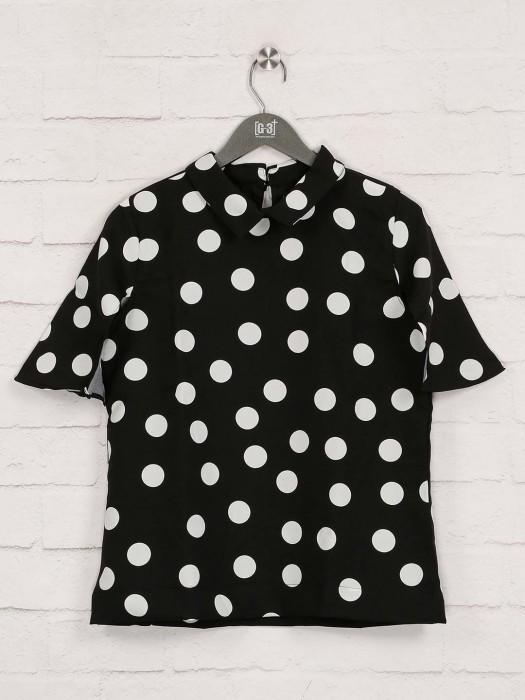 Deal Presented Printed Black Top