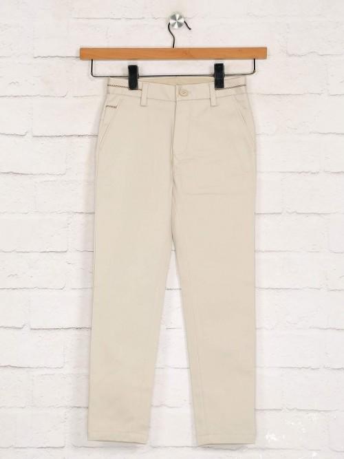 Zillian Solid Beige Slim Fit Cotton Trouser