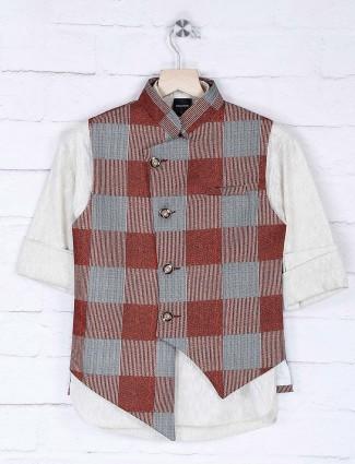 Beige and maroon hue checks waistcoat set