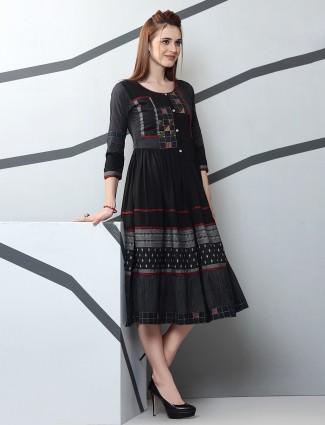 Black kurti in cotton fabric