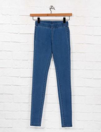 Blue color denim fabric casual jeggings