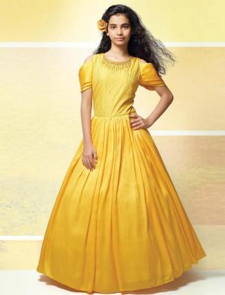 Bright yellow raw silk fabric gown
