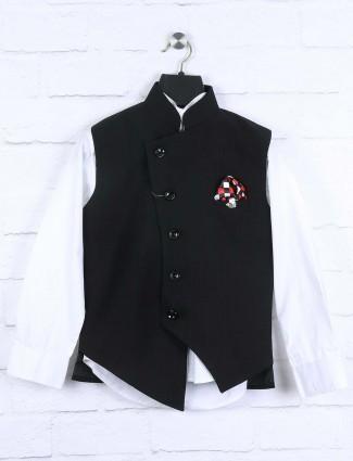 Checks black colored waistcoat set