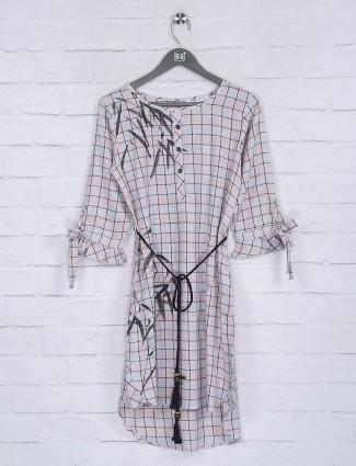 Checks pattern off white hue cotton top