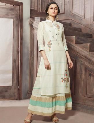 Cream hue festive kurti in cotton