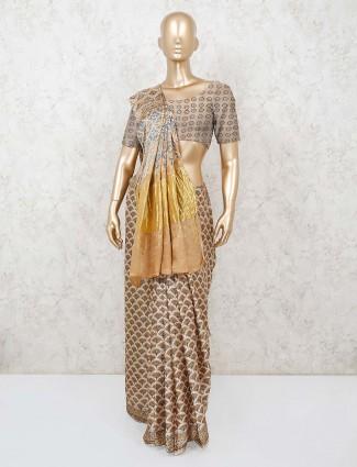 Cream printed saree in cotton fabric