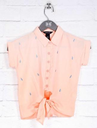 Deal peach thread weaving cotton top