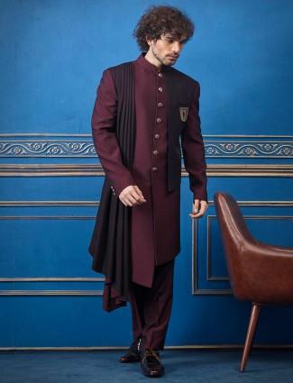设计师酒色栗色纯色印度洋西部大衣,配以dupatta