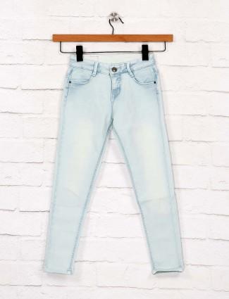 EBONY牛仔布水洗浅蓝色牛仔裤
