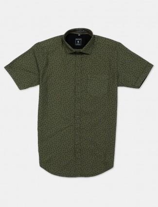 Eqiq printed olive slim collar shirt