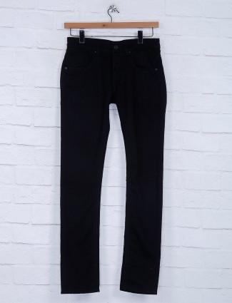 Gesture presented black solid jeans