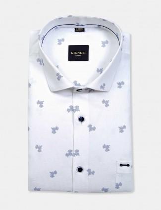 Ginneti white cut away collar printed shirt