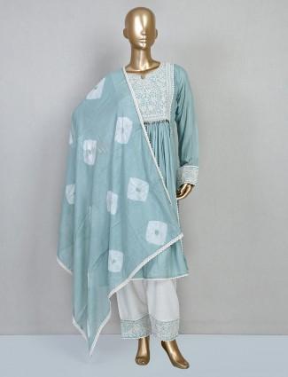 Green thread embellish punjabi suit for festive