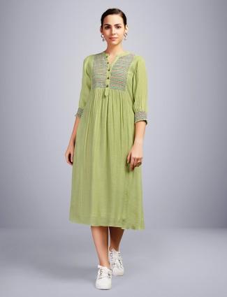 Green thread woven kurti
