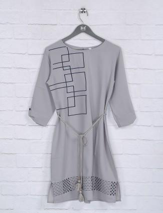 Grey cotton fabric round neck womens top