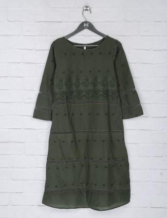 Hakoba pattern green color casual top