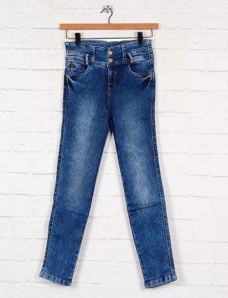 high waist denim jeans in blue color