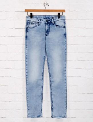Killer denim washed light blue jeans
