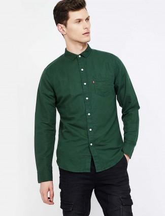 Levis bottle green color solid shirt