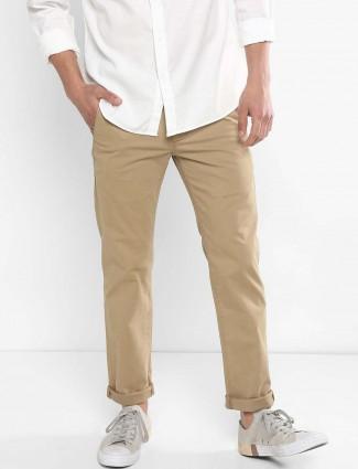 Levis presented khali hue solid trouser