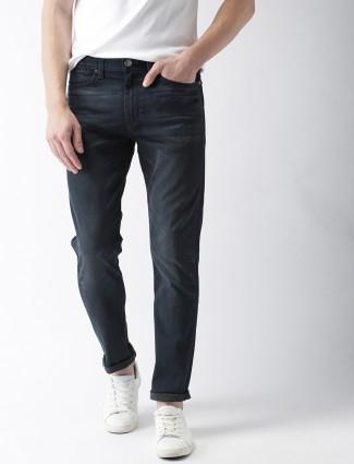 Levis simple navy slim fit jeans