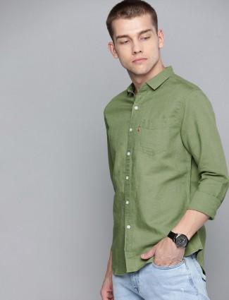 Levis solid linen green mens shirt