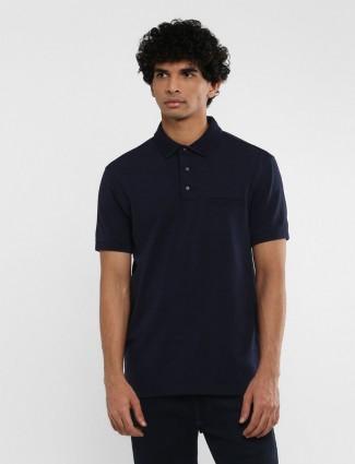 Levis solid navy welt pocket t-shirt