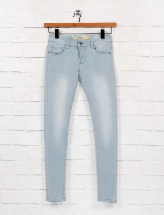 Light blue mild washed denim casual jeans