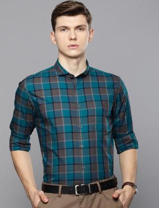 LP green checks casual wear shirt